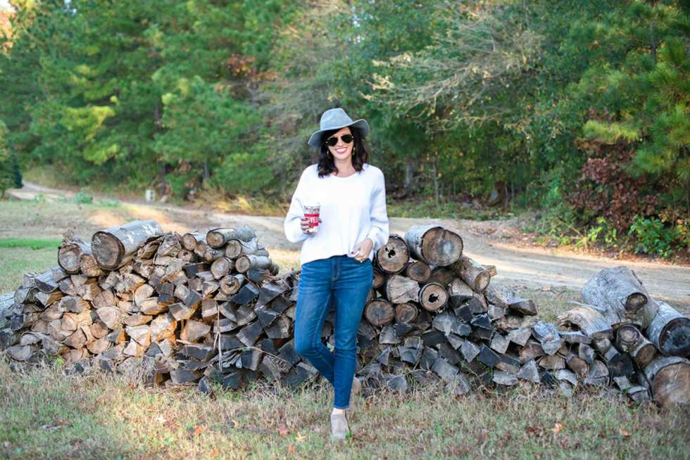 5 Outfits for Thanksgiving Dinner - I'm Fixin' To - @mbg0112