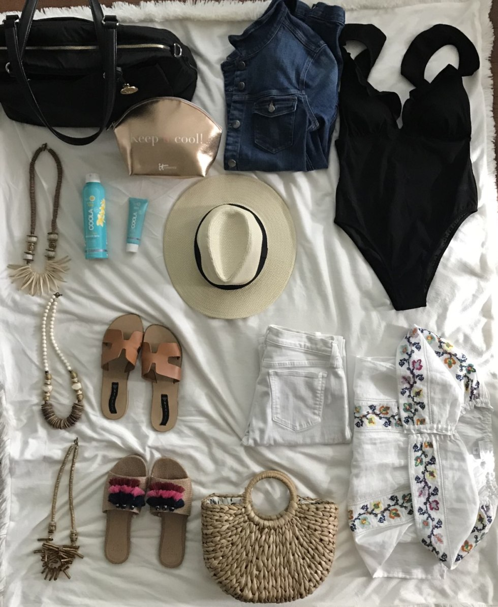 Warm Weather Packing Essentials - I'm Fixin' To - @mbg0112