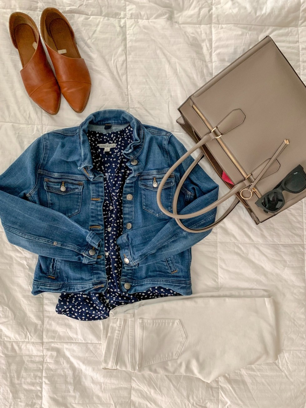 Building Your Spring Wardrobe Capsule - I'm Fixin' To - @mbg0112 | | Spring wardrobe capsule essentials featured by top US fashion blog, I'm Fixin' To: denim jacket