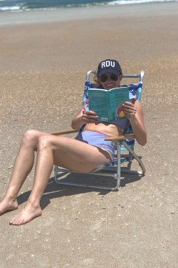 Top 5 Beach Reads for the Summer - I'm Fixin' To - @mbg0112