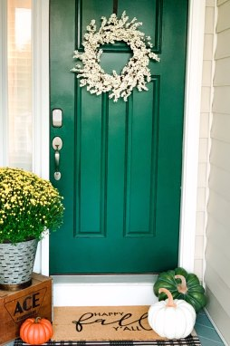 Inspiration Board: Fall Front Porch Ideas - I'm Fixin' To - @mbg0112