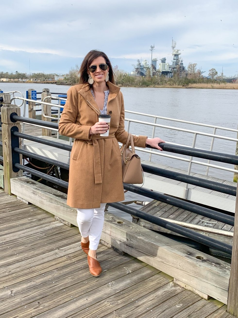 Top 5 Best Fall Vacations in North Carolina - I'm Fixin' To - @mbg0112 | Top 5 Best Fall Vacations in North Carolina by popular North Carolina blog, I'm Fixin' To: image of a woman outside at Wilmington North Carolina.