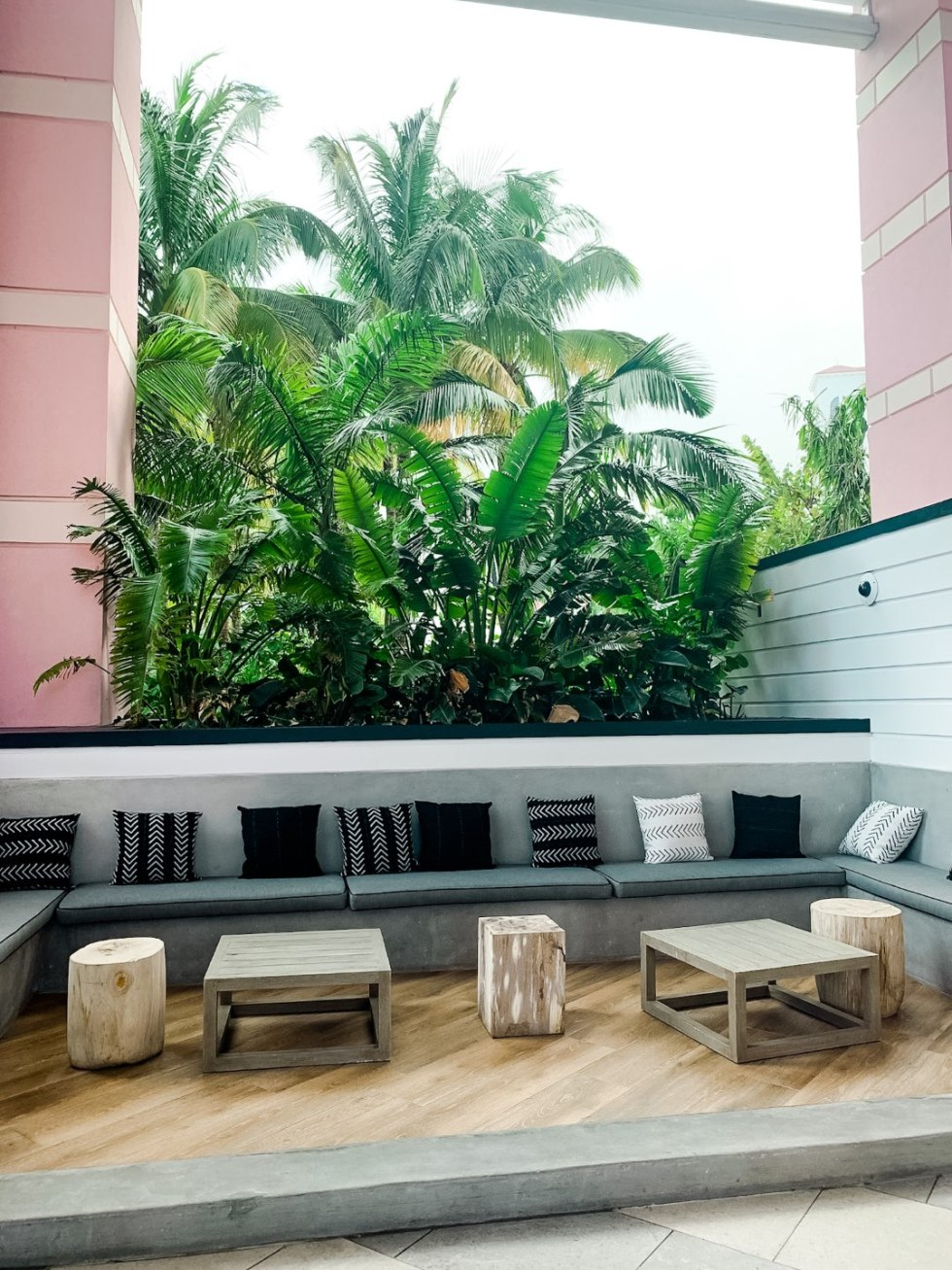 Warming Up in the Bahamas: the Best Things to Do at Baha Mar - I'm Fixin' To - @mbg0112 | Warming Up in the Bahamas: the Best Things to Do in Baha Mar by popular North Carolina travel blog, I'm Fixin' To: image of outside seating at Baha Mar.
