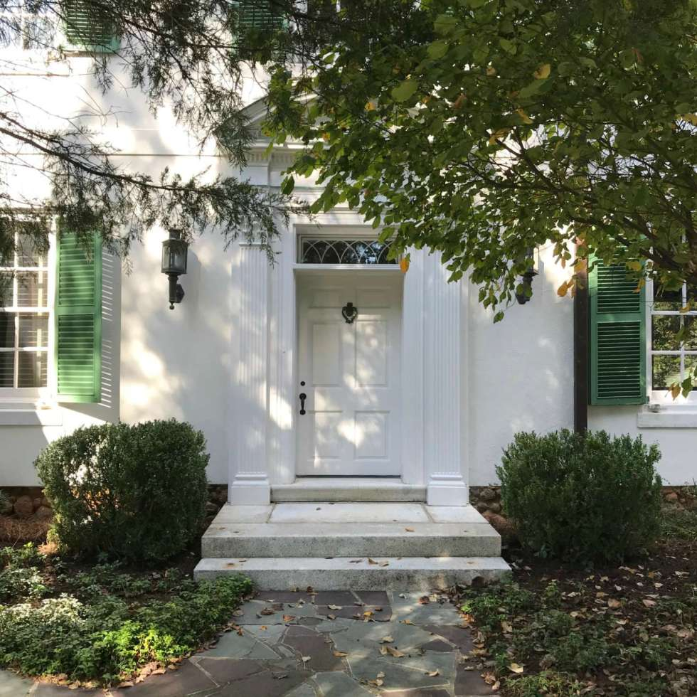 Local Love: 10 Best Places to Photograph in North Carolina - I'm Fixin' To - @mbg0112 | Best Places to Photography in North Carolina by popular N.C. lifestyle blog, I'm Fixin' To: image of the Reynolda house at Winston-Salem, N.C.