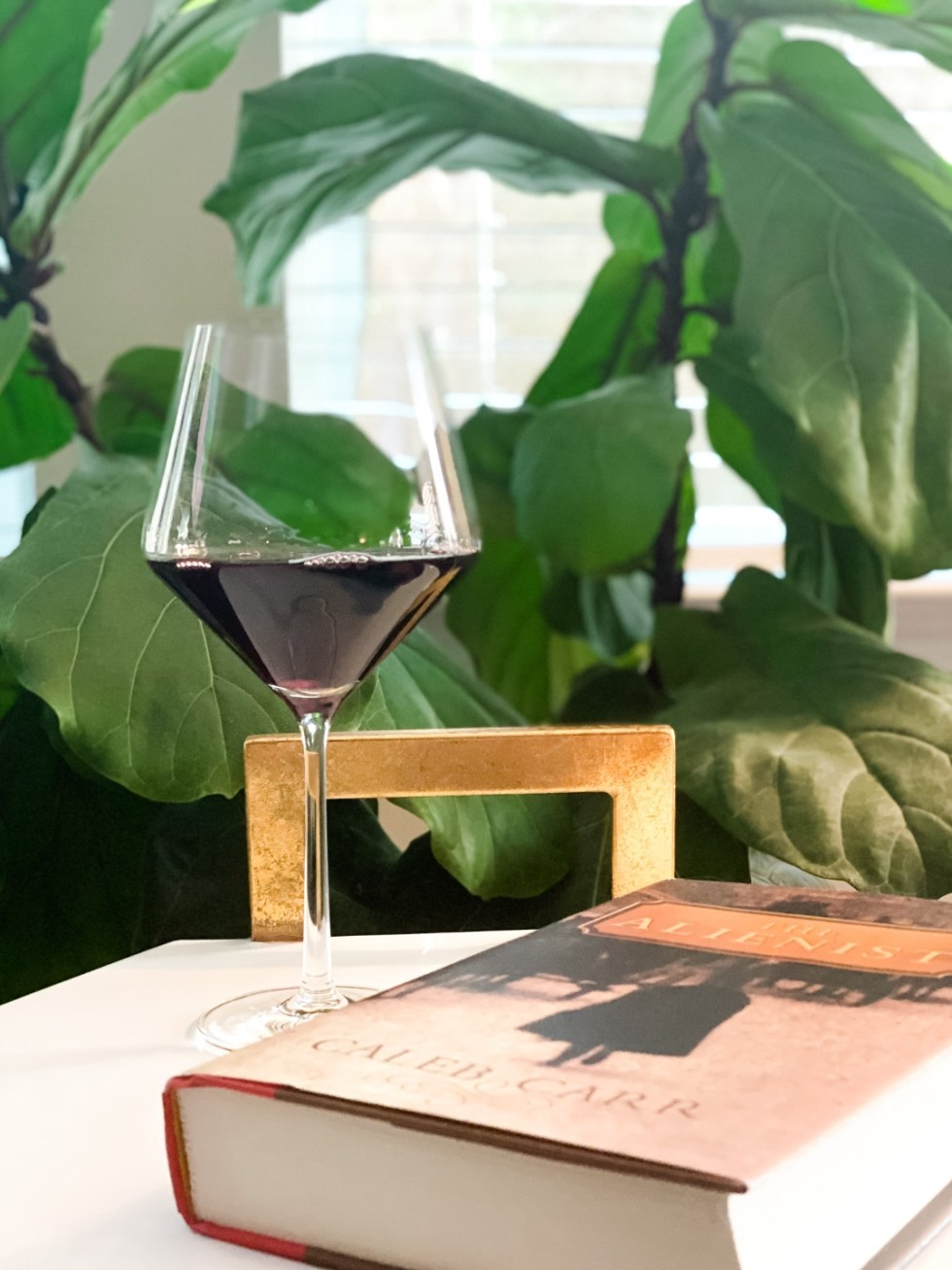 Top 5 Wine Glass Styles to Add to your Collection - I'm Fixin' To - @mbg0112 | Wine Glass Styles by popular N.C. life and style blog, I'm Fixin' To: image of a Schott Zwiesel Burgundy glass.