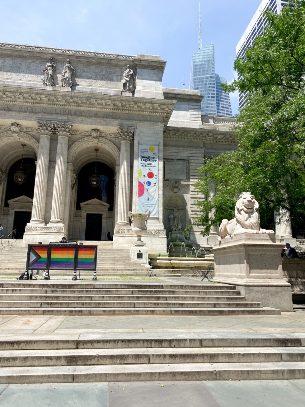 NYC Summer Weekend: Things to Do in NYC in the Summer - I'm Fixin' To - @imfixintoblog   NYC Summer Weekend by popular NC travel blog, I'm Fixin' To: image of the NYC library.