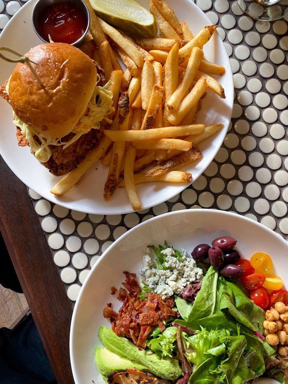 NYC Summer Weekend: Things to Do in NYC in the Summer - I'm Fixin' To - @imfixintoblog   xNYC Summer Weekend by popular NC travel blog, I'm Fixin' To: image of Madison and Vine food.