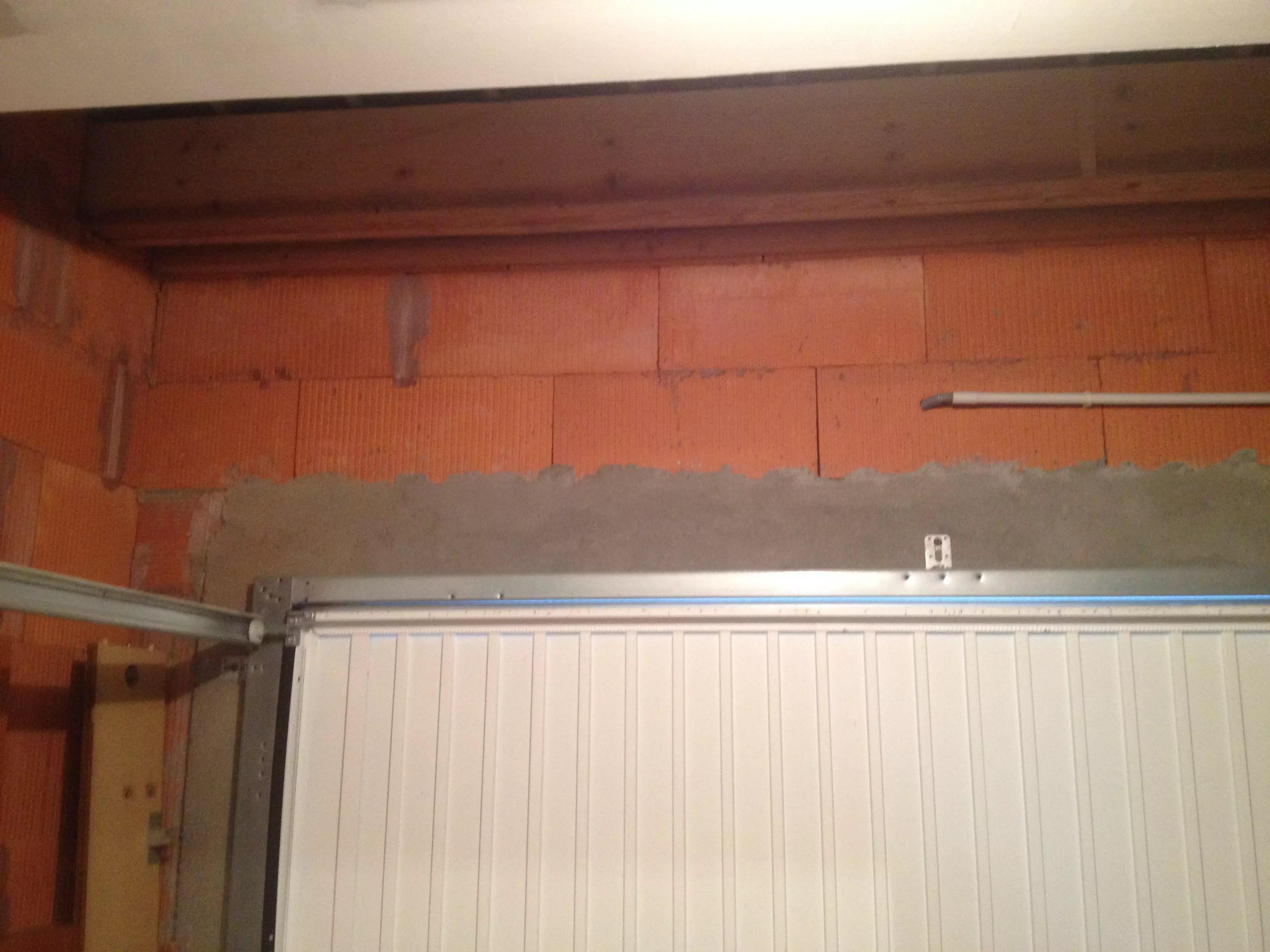 etagere en hauteur dans un garage