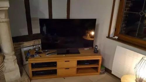 tv ambilight dans un angle votre avis