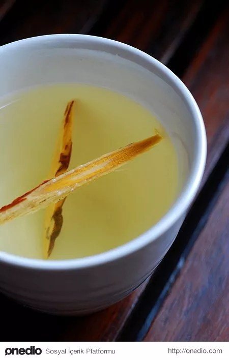 Meyan kökü çayı.