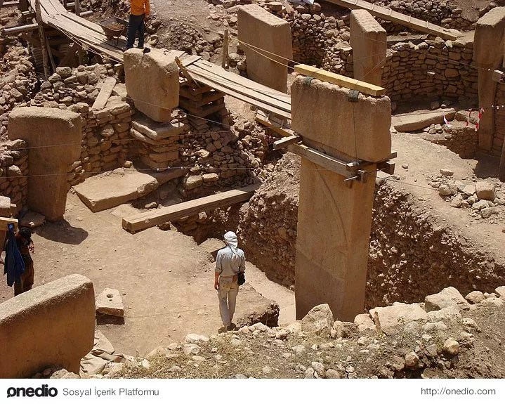 10.Tarihi tapınakta tarihi hırsızlık
