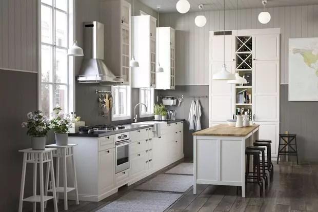une cuisine blanche epuree
