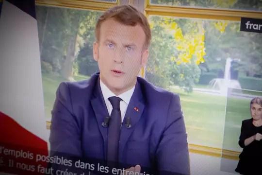 Discours d'Emmanuel Macron: la vidéo et les 10annonces clés à retenir de l'allocution