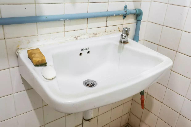 remplacer un lavabo mode d emploi et
