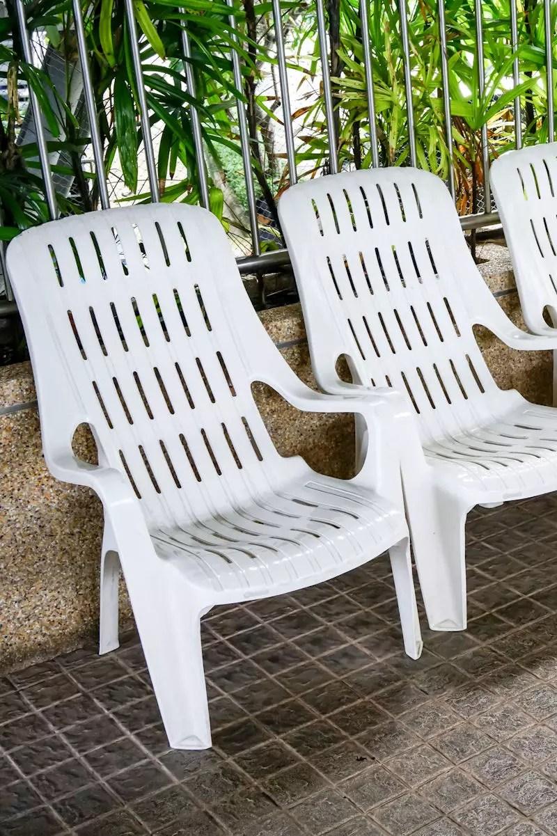 le mobilier de jardin en plastique