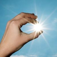 sun-facts-understanding-spf-ratings-200px.jpg