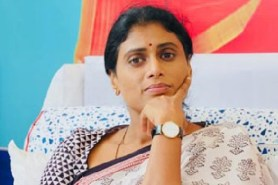 Bless my child Sharmila who came forward for Telangan Ask YS Vijayamma