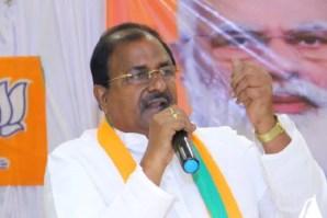 Somu Veerraju fires on minister Vellampalli Srinivasarao
