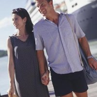 What Is Resort Casual Attire for Women & Men?   eHow
