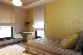 How To Decorate Small Apartment Bedrooms On A Budget Home