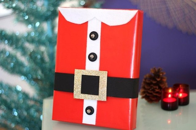 Creative Ways On How To Wrap A Christmas Present EHow