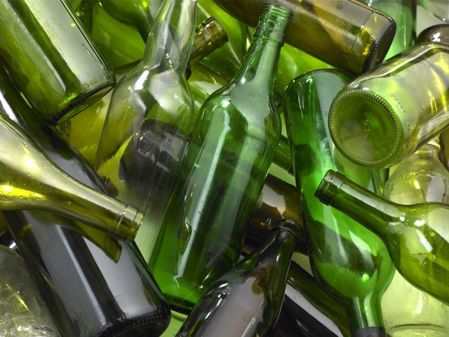 Green Colored Beer Bottles Has High Levels Of Poisonous Chemicals In Them