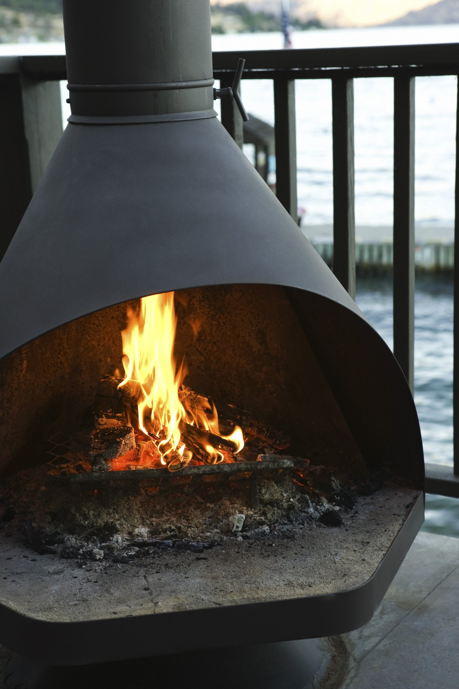 Wood Fire Pits - Copper Vs. Stainless Steel | eHow on Quillen Steel Outdoor Fireplace id=46666