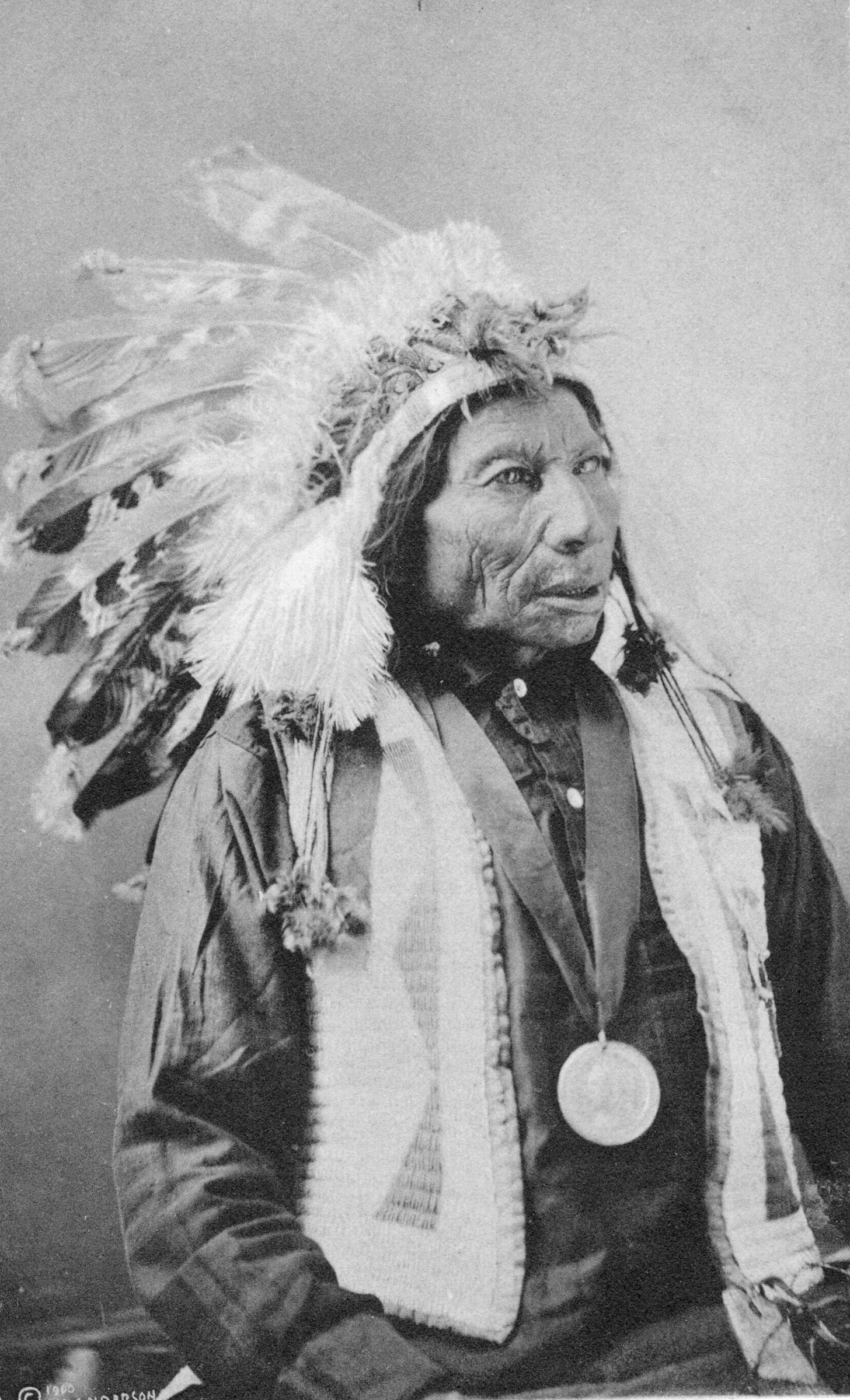 How To Make An Authentic Sioux Indian Headdress