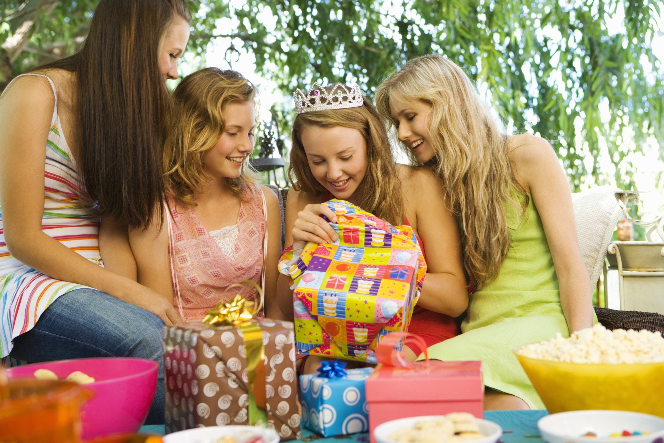 Birthday Party Ideas Amp Games For Your 15 Year Old Daughter