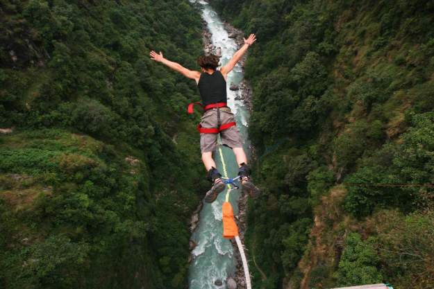 9. Crocodile Bungee Jumping 1