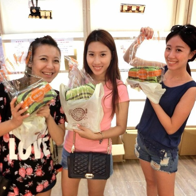 Taiwan's watermelon bread will delight your senses and confuse your tastebuds 10