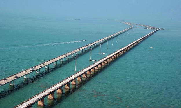 11) The Seven Mile Bridge and the Florida Keys 1