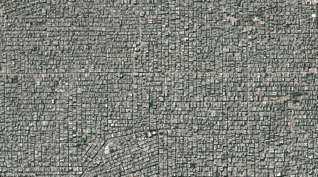 2. Neighbourhoods of Sntosh Park and Uttam Nagar, India