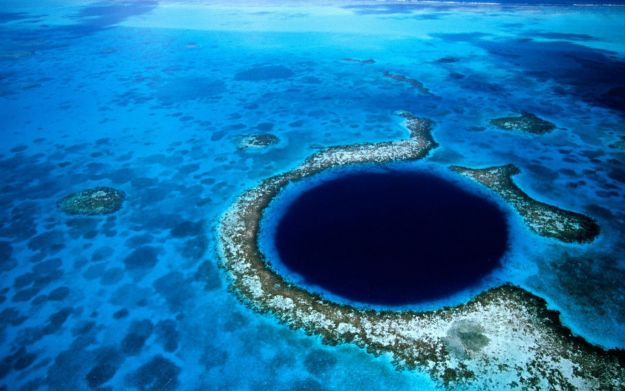 12 Jaw Dropping Earth Holes You've Never Seen