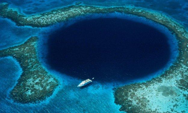 6. The Great Blue Hole