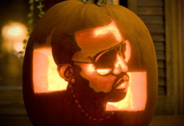 Mindblowing Halloween Pumpkin Carvings 15
