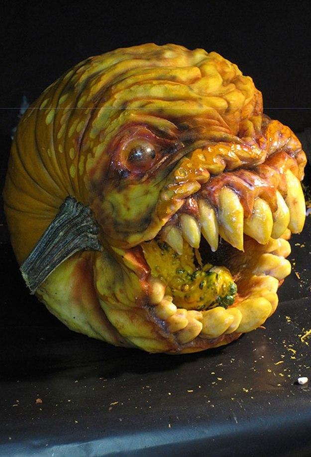 Mindblowing Halloween Pumpkin Carvings 7