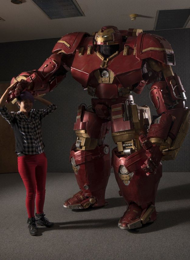 This Hulkbuster Costume Is The Most Realistic Cosplay Of All Time 3