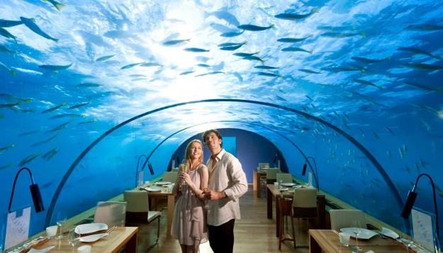 25 World's Best Restaurant Views 13
