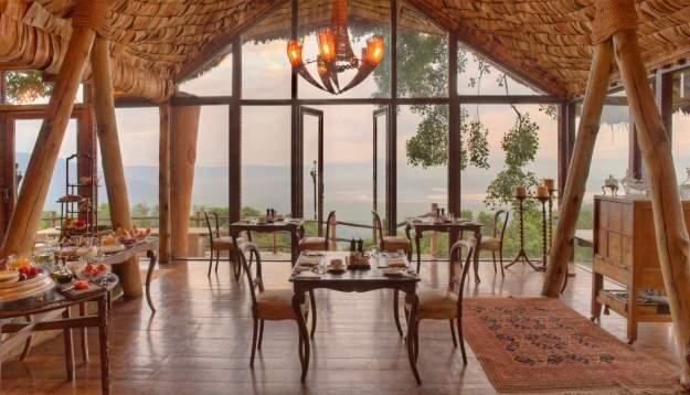 25 World's Best Restaurant Views 19