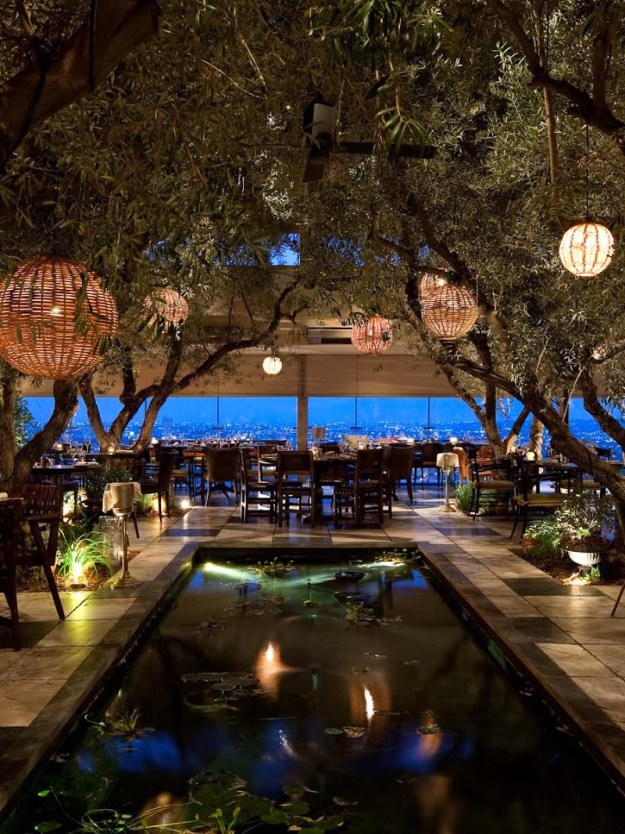 25 World's Best Restaurant Views 56
