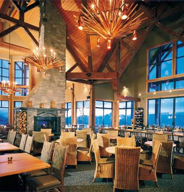 25 World's Best Restaurant Views 69