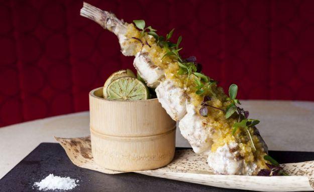 25 World's Best Restaurant Views 84