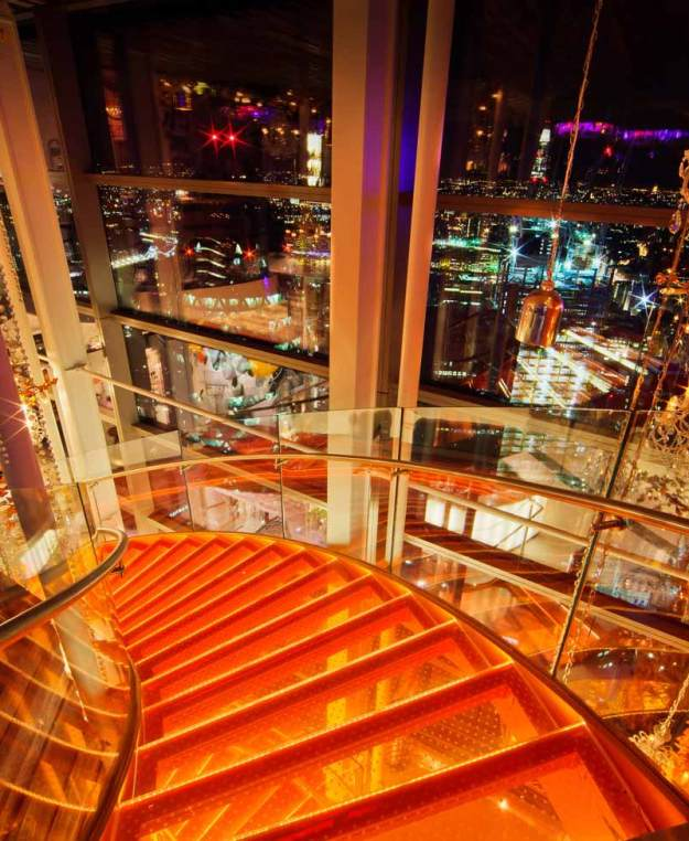 25 World's Best Restaurant Views 86