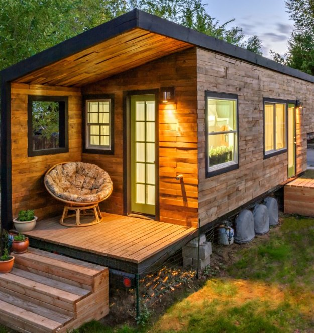 The 20 Most Amazing Shipping Container Homes 20