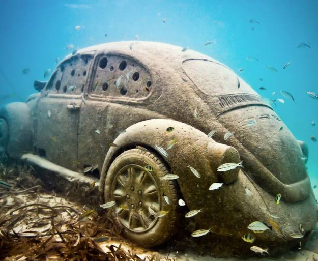 astonishing_underwater_museum_in_cancun_mexico_11