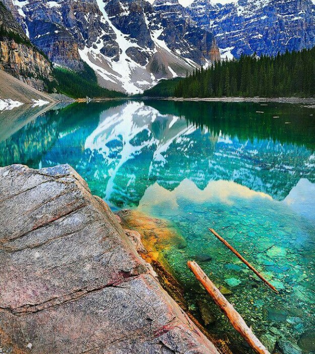 14-most-gorgeous-lakes-on-the-planet-029