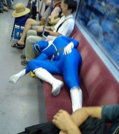 exceptionally-bizarre-subway-people-21