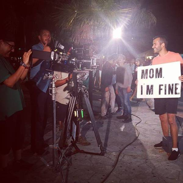 guy-quits-his-job-to-become-an-internet-sensation-and-tell-his-mom-hes-fine-02