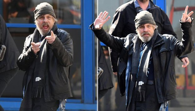 12-of-the-best-celebrity-reactions-to-paparazzi-02